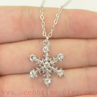 snowflake necklace,wonderful necklace,diamond necklace,bff necklace,girlfriend necklace,friendship gift,oceantime