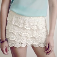 XS/Small Brand New Eggshell Cream Lace Tiered Shorts
