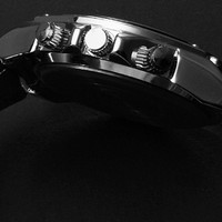 Round Shape Leather Strap Metal Cool Wrist Watch
