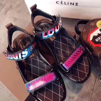 LV  Fashionable casual slippers