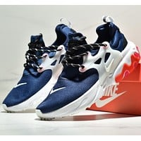 NIKE REACT EPIC FLYKNIT Sports and leisure shoes