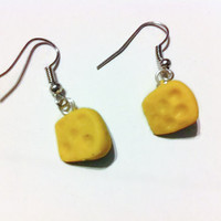 Cheese Earrings, Cheesehead, Green Bay Packers, Food Jewelry, Football Fans, Kawaii, gag gifts, gift ideas, silly jewelry, funny earrings