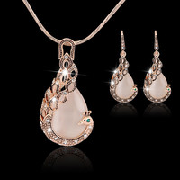 2015 New Fashion 18k Yellow Gold Filled pink opal Peacock Necklace Earring Wedding fine Jewelry for women