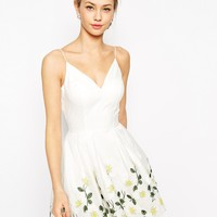 Chi Chi London Full Prom Skater Dress With Embroidered Daisy Hem