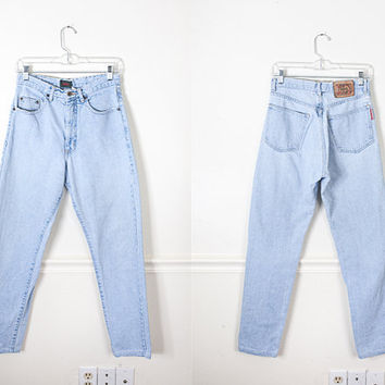 1980s High Waisted Boyfriend Jeans / High Waist Denim Jeans / Frayed Light Blue Denim Jeans / 90s Grunge Jeans / Relaxed Fit Mom Jeans