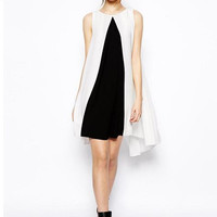 Black and White Sleeveless Pleated Chiffon Mini Dress