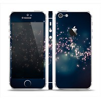 The Dark & Glowing Sparks Skin Set for the Apple iPhone 5