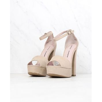 Final Sale - Chinese Laundry - Avenue Platform Sandal in Beige