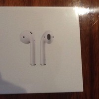 Apple AirPods ( White ) MMEF2ZA/A - Wireless Bluetooth Earphones
