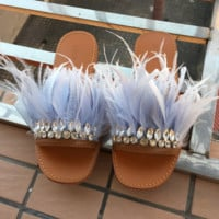 2017 summer newest leather shoes beautiful feather crystal embellished flat slippers woman open toe sanda
