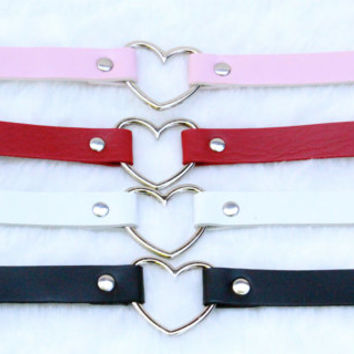 Heart Choker / Necklace - Red, Black, white or Pink (Pastel Goth, Kitten Play, Alternative)