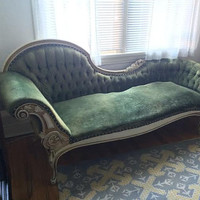 Antique French Tufted Fainting Couch Chaise Lounge - Early 1900's