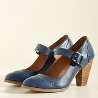 Tap of Luxury Mary Jane Heel in Navy | Mod Retro Vintage Heels | ModCloth.com