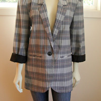 25% Sale 80's Black and White Plaid Blazer. Lightweight Jacket. Oversized Boyfriend Fit. Small Medium