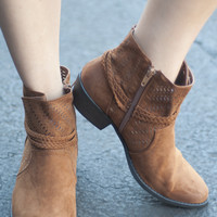 Close Out | Flat Rope Bootie | Chestnut | Shoes