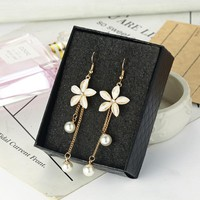 Temperament Personality Long Pearl Earrings Flowers Simple Dangle Earrings Female