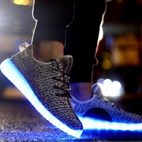 Fashion Yeezy Boost Solid color Leisure Sports shoes LED Light shoes Grey