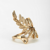Fern Statement Ring - Urban Outfitters