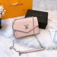 Louis Vuitton LV Twist Crossbody Shoulder bag