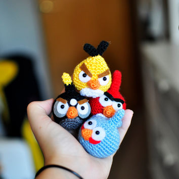 Amigurumi: Each one makes two | Red Heart (With images) | Crochet ... | 354x354