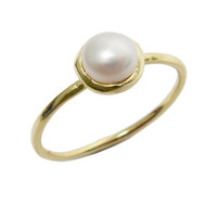 Gold ring. Pearl ring. Classic ring, white pearl ring, romantic ring, stackable ring, gold jewelry, gift for her.