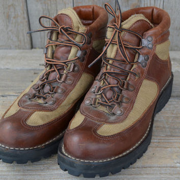Vintage  NWT Danner for Eddie Bauer Canvas and Leather Goretex Hiking Boots, Mens 8
