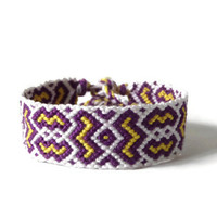 "unisex macrame friendship bracelet for adults, wrist cuff,  friendship cuff ""flashes"", 14, 5 cm (5,7 inches)"