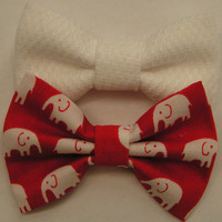 Red and White elephants fabric bow clips, bobby pins for kids, baby bows, Bow clips, small fabric hair bows