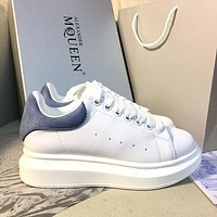Alexander McQueen Classic white shoes-8