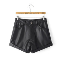 2017 Autumn Winter Women Shorts Leather Shorts Black Short Pant Ladies Fashion Slim Temperament Bootcut Ladies Shorts  AI079