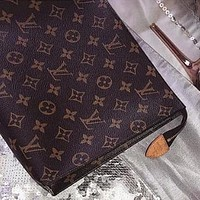 LV Louis Vuitton Popular Women Men Monogram Leather Handbag Tote Makeup Bag Clutch Bag I/A