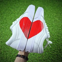 Vans Old Skoo Valentine¡¯s Day With A Large Heart Detail CQ3009 - Sale