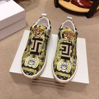 2020 New Versace Men Fashion yellow black,Chain Reaction Sneakers Sport Shoes Runnin shoe for men BEST Quality