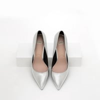 COURT SHOES WITH METAL DETAIL