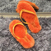 Ugg Fashion Sells Casual Men's And Women's Wool Flip-flops Shoes