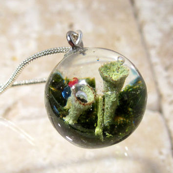 Pixie cup and lipstick Lichen (Cladonia sp.) and Moss (Dicranum sp.)  Necklace, Plant Jewelry, mycology, fungi, woodland, nature