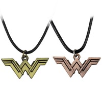 2017 Classic DC Superhero Wonder Woman Necklace Golden Super Hero Super Women Logo Pendant Necklace For Women Charm Accessories
