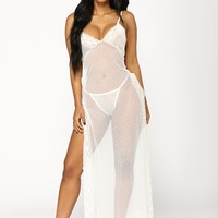 Bed Of Roses 2 Piece Set - White