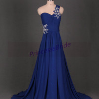 2014 long royal blue chiffon bridesmaid gowns with train,simple sweetheart dress for wedding party,unique one shoulder prom dress on sale.