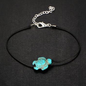 Green Sea Turtle Turquoise Bead Anklet for Woman or Teens Casual or Beach Wear