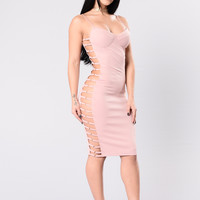 All The Right Moves Dress - Blush