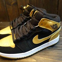 ONETOW VAWA Men's Nike Air Jordan 1 Retro High Leather Basketball Shoes Gold Black