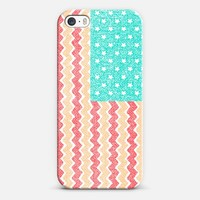 Zig Zag Flag iPhone 5s case by Nick Nelson | Casetify