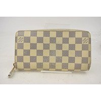 Authentic Louis Vuitton Zippy Wallet Whites Damier Azur 10479