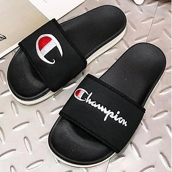 Champion Newest Fashionable Women Men Flats Thick Sole Beach Couple Sandals Slippers Shoes