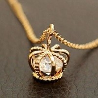 Extra Crown Zircon Clavicle Chain Necklace [7788725191]