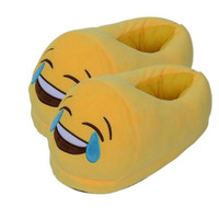 With Free Gift 2016 New Arrive Men And Women Home&House Shoes Soft Warm Yellow Cotton Plush Emoji Slippers Cute Funny Emoticon