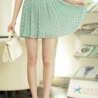 Cutesy Daisy Floral Print Accordian Pleat Skirt in Spring Green | Sincerely Sweet Boutique