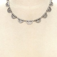 Geo-Cutout Etched Necklace | Forever 21 - 1000200461