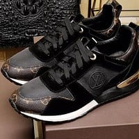 Louis Vuitton LV Woman Men Fashion Casual Sneakers Sport Shoes